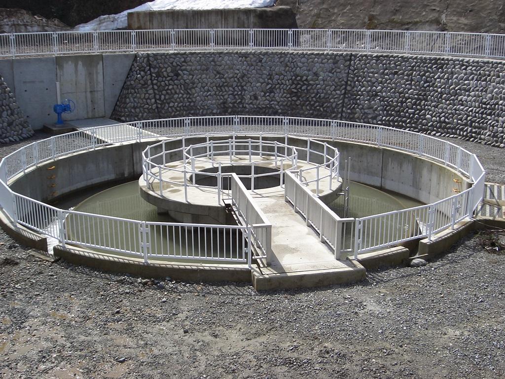 円形分水工